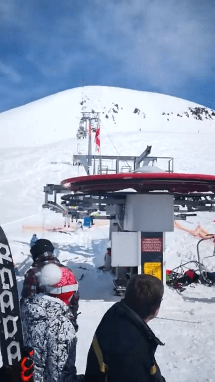 Ski lift goes crazy on it's own.